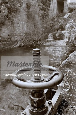 Mechanism opening of the mill, Orbaneja del castillo (Burgos) Stock Photo - Budget Royalty-Free, Image code: 400-04559307