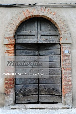 Close-up Image Of  Wooden Ancient Italian Door Stock Photo - Budget Royalty-Free, Image code: 400-05732356