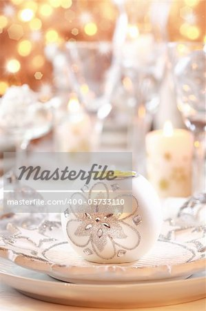 Place setting for Christmas in white and golden tone Stock Photo - Budget Royalty-Free, Image code: 400-05733110