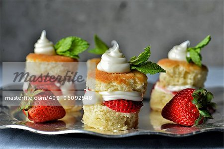 Image of strawberry shortcakes on a serving tray Stock Photo - Budget Royalty-Free, Image code: 400-06092948
