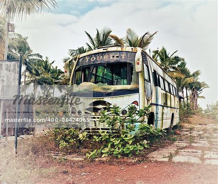 Old bus, abandoned and rusty photo Stock Photo - Budget Royalty-Free, Image code: 400-06424065