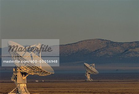 Radio Telescopes New Mexico, USA Stock Photo - Premium Royalty-Free, Image code: 600-00056948