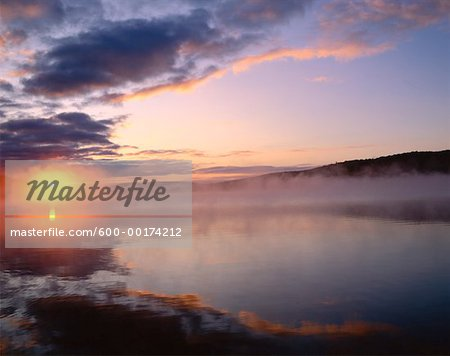Lake of Two Rivers, Algonquin Provincial Park, Ontario, Canada Stock Photo - Premium Royalty-Free, Image code: 600-00174212