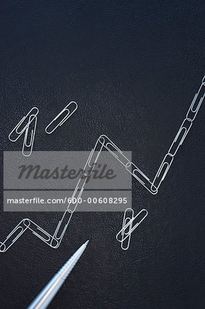 Line Graph Made of Paper Clips Stock Photo - Premium Royalty-Free, Image code: 600-00608295