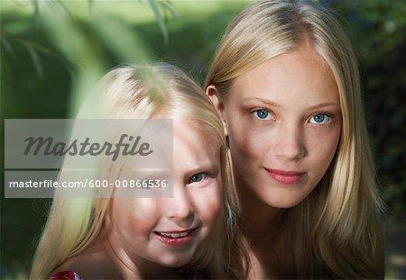 Portrait of Girls Outdoors Stock Photo - Premium Royalty-Free, Image code: 600-00866536