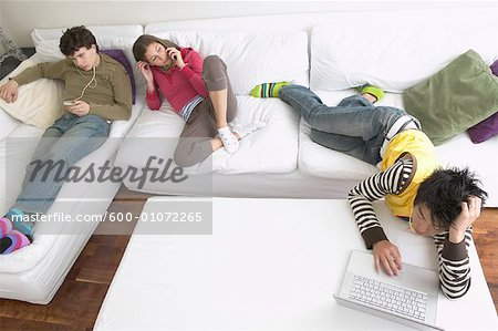 Friends Hanging Out Stock Photo - Premium Royalty-Free, Image code: 600-01072265