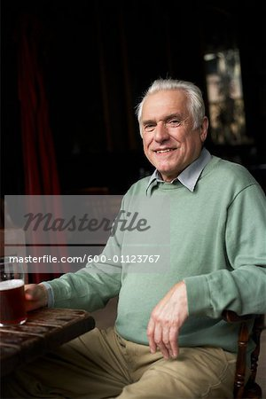 Portrait of Man in Pub Stock Photo - Premium Royalty-Free, Image code: 600-01123767