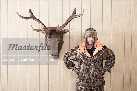 Portrait of Hunter Stock Photo - Premium Royalty-Free, Image code: 600-01124340
