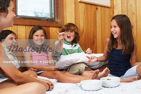 Kids Hanging Out Stock Photo - Premium Royalty-Free, Image code: 600-01606775