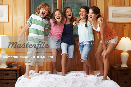 Kids Hanging Out Stock Photo - Premium Royalty-Free, Image code: 600-01606778