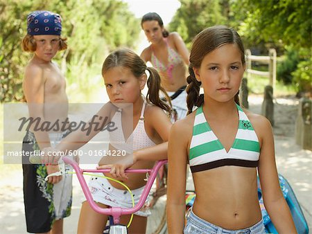 Portrait of a Group of Children Stock Photo - Premium Royalty-Free, Image code: 600-01614220