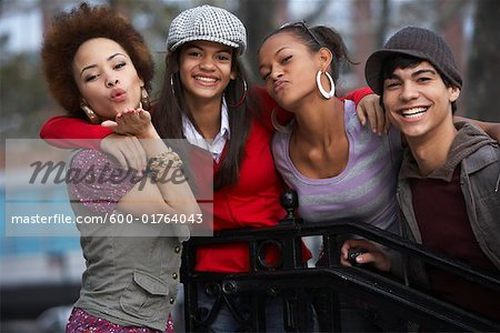 Teenagers Hanging Out Stock Photo - Premium Royalty-Free, Image code: 600-01764043