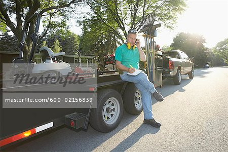 Landscaper Stock Photo - Premium Royalty-Free, Image code: 600-02156839