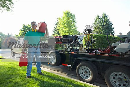 Landscaper Stock Photo - Premium Royalty-Free, Image code: 600-02156849