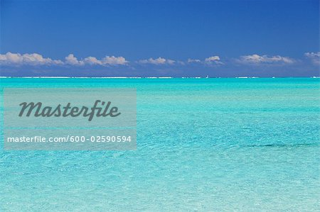 Overview of Lagoon, Bora Bora, French Polynesia Stock Photo - Premium Royalty-Free, Image code: 600-02590594