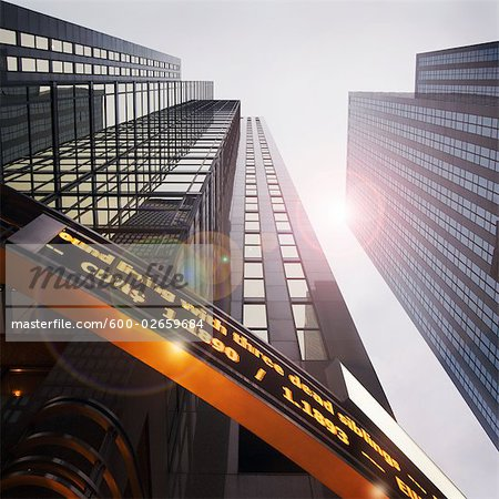 Looking Up at Reuters Building, Toronto, Ontario, Canada Stock Photo - Premium Royalty-Free, Image code: 600-02659684