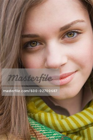 Portrait of Teenage Girl, Hillsboro, Oregon, USA Stock Photo - Premium Royalty-Free, Image code: 600-02700687