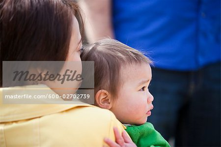 Family in the Park, Bethesda, Maryland, USA Stock Photo - Premium Royalty-Free, Image code: 600-02702739