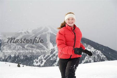 Teenage Girl, Mount Baldy, Sun Valley, Idaho, USA Stock Photo - Premium Royalty-Free, Image code: 600-02757075