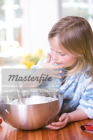 Little Girl Baking Stock Photo - Premium Royalty-Free, Image code: 600-02883064