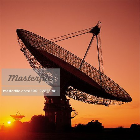 Radio Telescope, Satellite Receiving Dish, Sunset Silhouette Stock Photo - Premium Royalty-Free, Image code: 600-02885981
