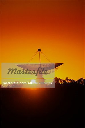 Radio Telescope, Satellite Receiving Dish, Sunset Silhouette Stock Photo - Premium Royalty-Free, Image code: 600-02886057
