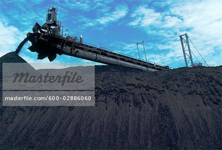 Black Coal Mining, Coal Reclaimer Stock Photo - Premium Royalty-Free, Artist: Koolstock, Code: 600-02886060