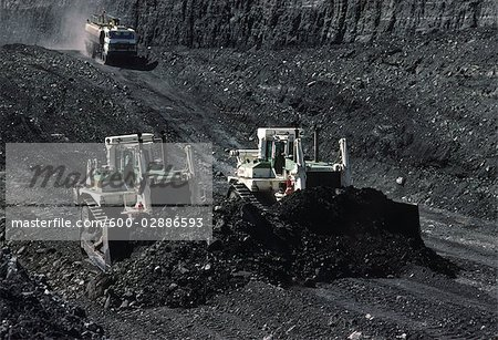 Black Coal Mining, Bulldozers, Australia Stock Photo - Premium Royalty-Free, Image code: 600-02886593