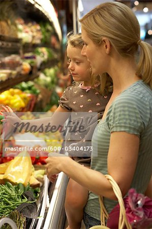 Mother and Daughter Grocery Shopping Stock Photo - Premium Royalty-Free, Image code: 600-03404173