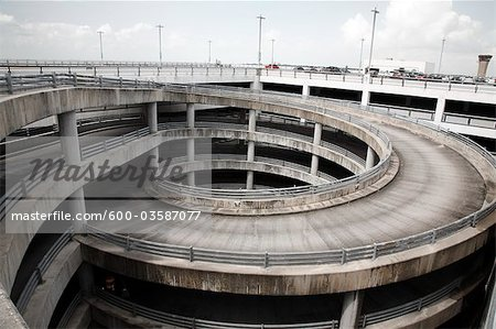 600-03587077em-Highway-and-Ramp-to-Publi