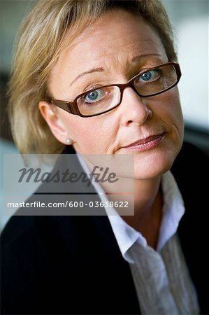 Portrait of Businesswoman, Willich, Dusseldorf Region, North Rhine-Westphalia, Germany Stock Photo - Premium Royalty-Free, Image code: 600-03638622