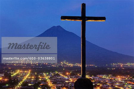 Cross and Volcan de Agua View From Cerro de la Cruz, Antigua, Sacatepequez Department, Guatemala Stock Photo - Premium Royalty-Free, Image code: 600-03638801