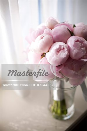Bridal Bouquet Stock Photo - Premium Royalty-Free, Image code: 600-03644897