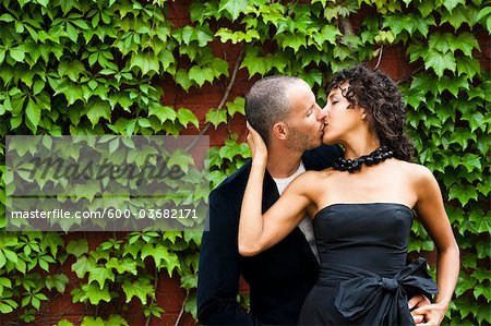 Couple, Toronto, Ontario, Canada Stock Photo - Premium Royalty-Free, Image code: 600-03682171