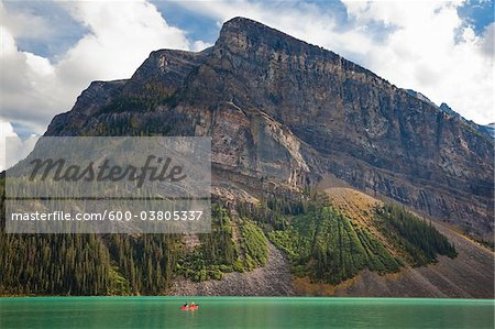 Canoeing on Lake Louise, Banff National Park, Alberta, Canada Stock Photo - Premium Royalty-Free, Image code: 600-03805337