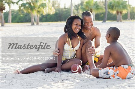 Family at Beach Stock Photo - Premium Royalty-Free, Image code: 600-04625303