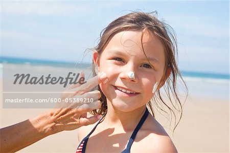 Girl on Beach, Camaret-sur-Mer, Finistere, Bretagne, France Stock Photo - Premium Royalty-Free, Image code: 600-05389210