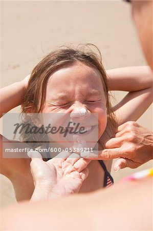 Girl on Beach, Camaret-sur-Mer, Finistere, Bretagne, France Stock Photo - Premium Royalty-Free, Image code: 600-05389211