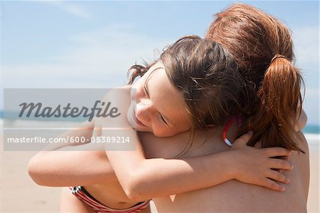 Mother and Daughter on Beach, Camaret-sur-Mer, Finistere, Bretagne, France Stock Photo - Premium Royalty-Free, Image code: 600-05389214