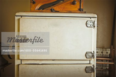 Close-up of Old Refrigerator, Texas, USA Stock Photo - Premium Royalty-Free, Image code: 600-05641695