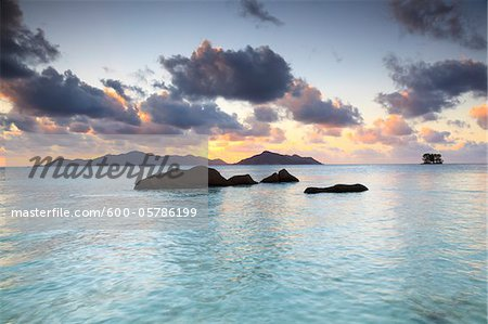 Granite Rock Formations, Anse Source d'Argent, La Digue, Seychelles Stock Photo - Premium Royalty-Free, Image code: 600-05786199