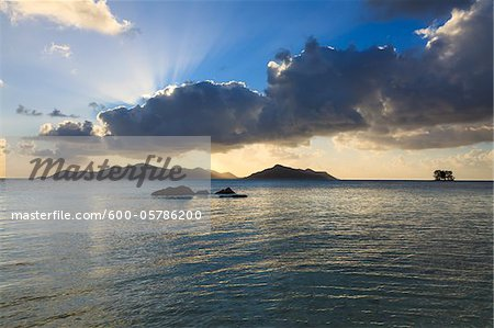 Granite Rock Formations, Anse Source d'Argent, La Digue, Seychelles Stock Photo - Premium Royalty-Free, Image code: 600-05786200