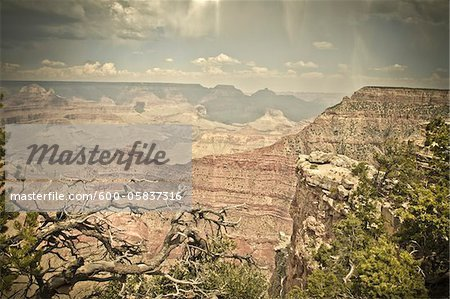 Mather Point, Grand Canyon National Park, Arizona, USA Stock Photo - Premium Royalty-Free, Image code: 600-05837316