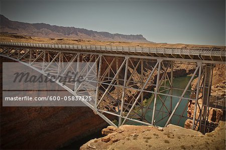 Navajo Bridge crossing over the Colorado River's Marble Canyon near Lee's Ferry, Arizona, USA Stock Photo - Premium Royalty-Free, Image code: 600-05837325