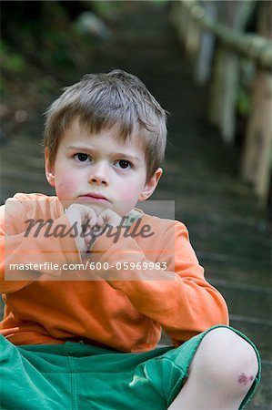 Portrait of Boy on Steps Stock Photo - Premium Royalty-Free, Image code: 600-05969983