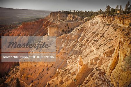 Bryce Amphitheater, Bryce Canyon National Park, Utah, USA Stock Photo - Premium Royalty-Free, Image code: 600-06009186