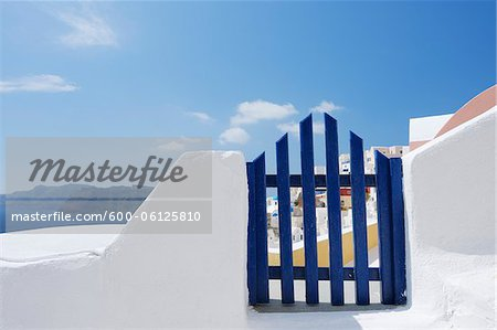 Gateway and Ocean, Oia, Santorini Island, Cyclades Islands, Greek Islands, Greece Stock Photo - Premium Royalty-Free, Image code: 600-06125810
