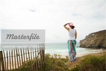 Rear View of Woman on Beach, Camaret-sur-Mer, Crozon Peninsula, Finistere, Brittany, France Stock Photo - Premium Royalty-Free, Image code: 600-06382804