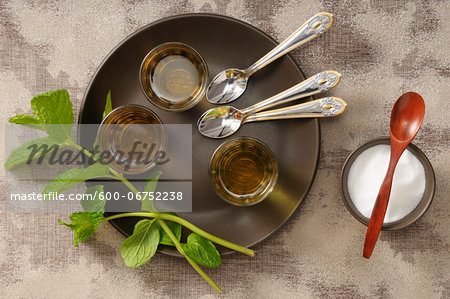 Overhead View of Mint Tea on Serving Tray with Bowl of Sugar, Studio Shot Stock Photo - Premium Royalty-Free, Image code: 600-06752238