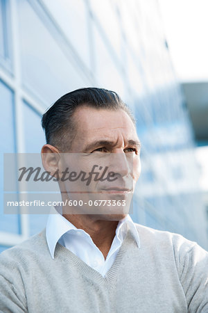 Portrait of Businessman Outdoors, Mannheim, Baden-Wurttemberg, Germany Stock Photo - Premium Royalty-Free, Image code: 600-06773363